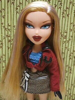 Bratz Ooh La La Cloe Doll original skirt shoes jacket,