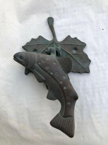 VINTAGE BRASS FISH/LEAF DOOR KNOCKER DOOR KNOCK
