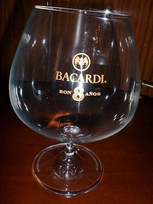 Bacardi-Cognacglas, goldfarbener Jahresaufdruck 8, kaum genutzt, usado segunda mano  Embacar hacia Argentina