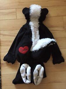 Kids skunk costume