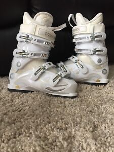 Rossignol-Kiara 50 ladies down hill ski boots