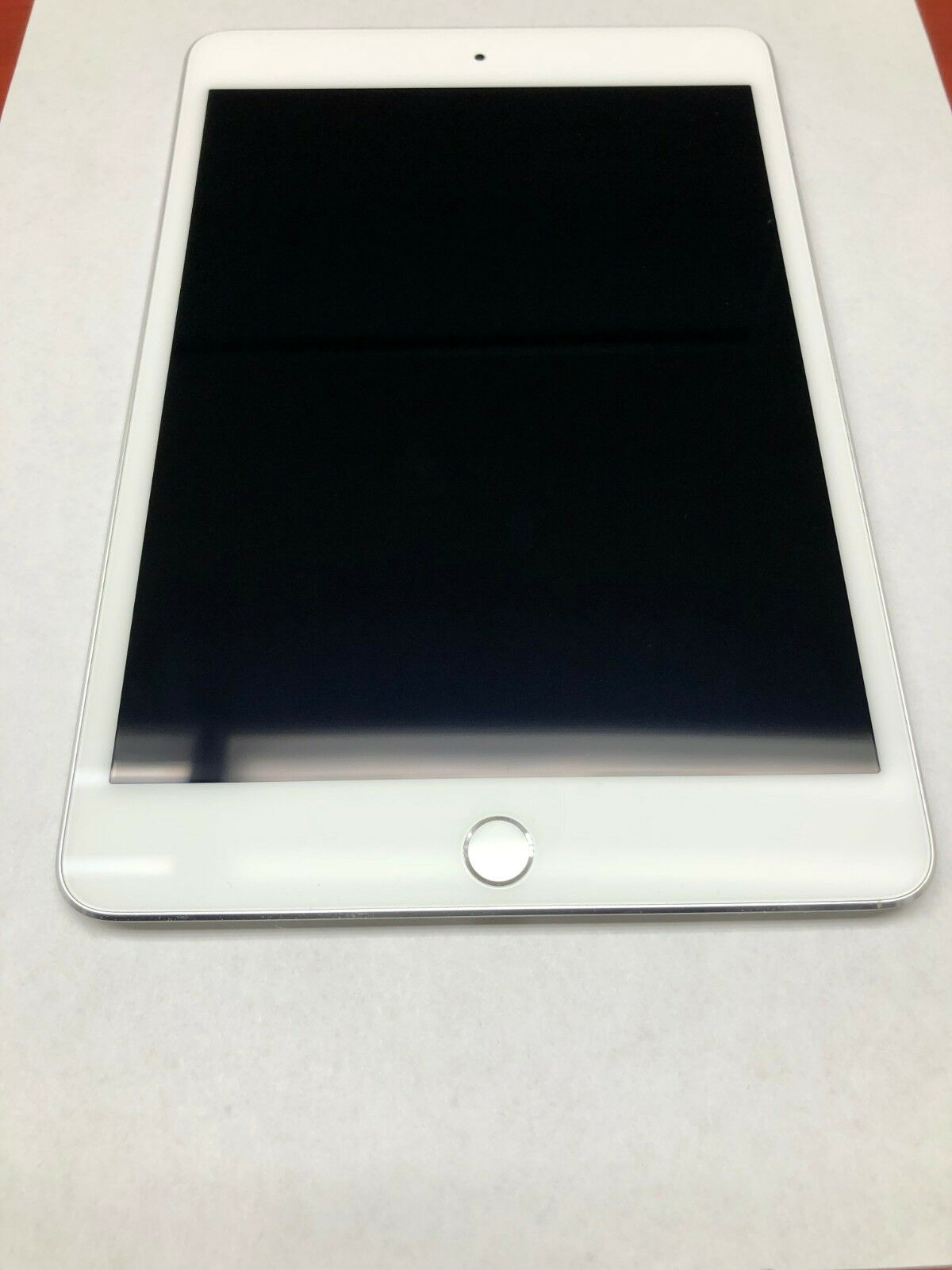 Apple iPad mini 4 64GB, Wi-Fi, 7.9in - Silver
