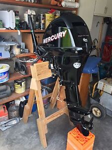 15 HP mercury outboard motor