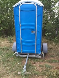 Nearly new Portable toilet with trailer