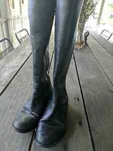 Size 7 black leather boots Sunrise Beach Noosa Area Preview