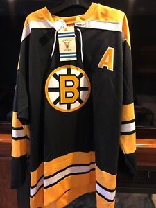 Boston Bruins vintage jersey