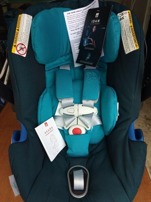 GB IDAN rear-facing Infant car seat with base. Two tone blue.