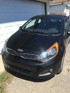 2014 KIA RIO EX LOW KMS w/ WARRANTY