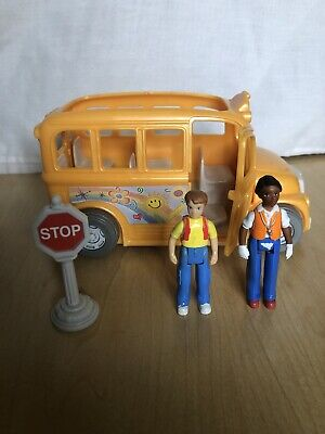 FISHER PRICE SWEET STREETS DOLLHOUSE SCHOOL BUS with Driver, Kid, Stopsign