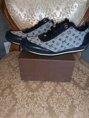 NIB GUARANTEED AUTHENTIC LOUIS VUITTON LV LOGO BLUE SNEAKERS SHOES 40 VINTAGE