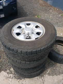 Toyota 4wd x 4  rims with tyres