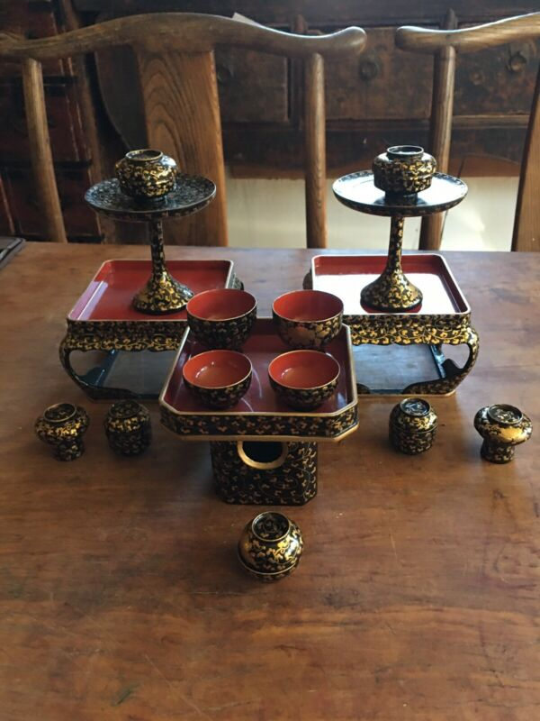 Antique Vintage Japanese Black & Gold Lacquer Set Stands & Cups Super Quality