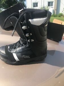 Snow Board Boots sz 7