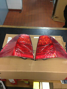 BMW GENUINE E90 LCI SALOON REAR LIGHT LENS/LAMP KIT WITH LED INDICATORS