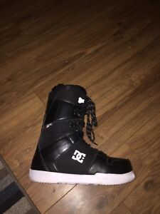 Almost new DC snow board boots size 9.5