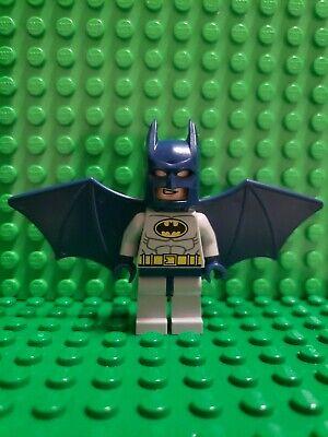 LEGO Batman w Wings Type 1 Cowl Minifigure 6858 sh019 NO Rocket Backpack parts