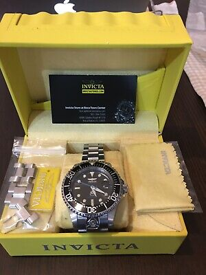 Invicta Mens Grand Diver Automatic 27610 A classic with a little more, the Grand