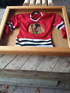 OAK CASES FOR HOCKEY SWEATERS London Ontario image 2