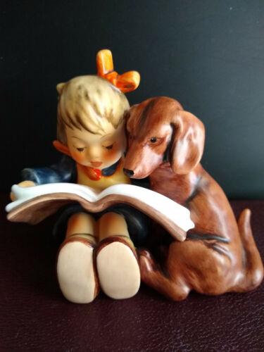 Hummel PROUD MOMENTS #800 LADYBUG VERSION Girl Reads Book Dachshund 1st Edition