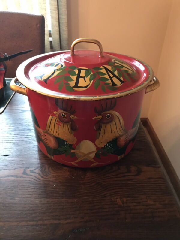 Stubbs Hunk  Enamel Hand Painted  Pot Bread 1995 Large Farm House Rooster