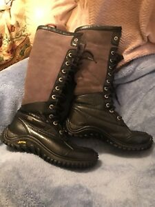 UGG BOOTS size 7 for women