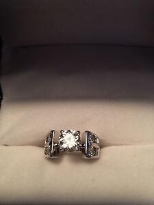 1 carat Canadian diamond