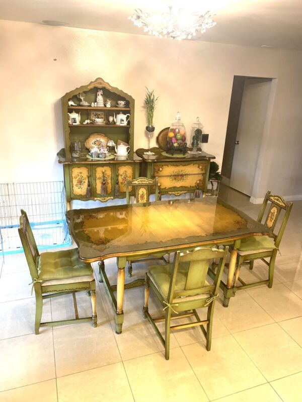 🌹Antique VIntage french COTTAGE 7p China CABineT Table CHairs DisPLAY CuriO