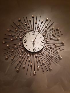 Clock - wall clock