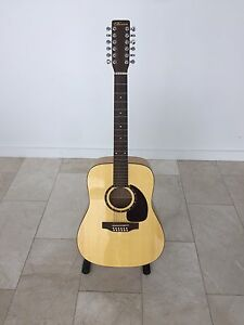 Norman B50 12 string acoustic in Like New Condition