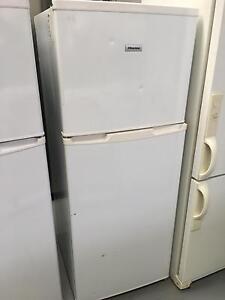 6 months warranty Hisense 220L frost free fridge freezer Highett Bayside Area Preview