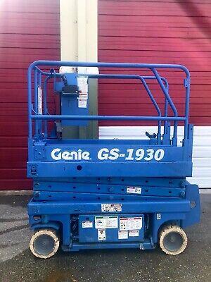 Genie Gs-1930 - 19 Ft. Electric Scissor Lift - Aerial Platform