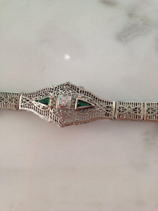 ANTIQUE ART DECO FINE 14KT WHITE GOLD DIAMOND AND EMERALD FILIGREE BRACELET
