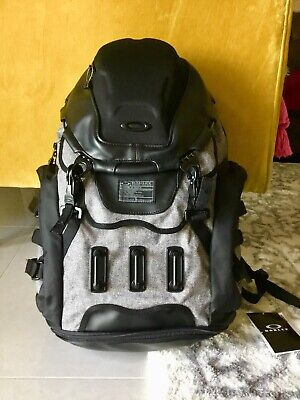 $250 NEW Oakley Kitchen Sink LX Backpack bag sports traveling camping climbing