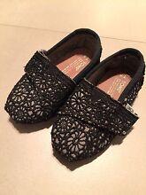 Toms Lace Shoes size 5 Como South Perth Area Preview