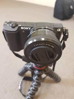 New Sony A5100 Mirrorless Camera BUNDLE