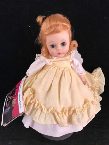VINTAGE 1968 MADAME ALEXANDER AMY LITTLE WOMEN DOLL WITH STAND & BOOKLET