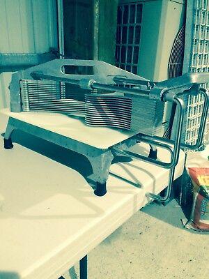 Crestware Slt2 Tomato Slicer - 316 Straight Blades