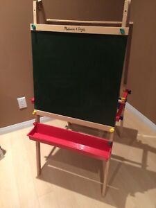 Melissa @ Doug Folding Board Easel