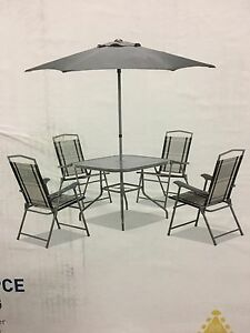 Outdoor dining furniture gumtree australia free local for Outdoor furniture joondalup