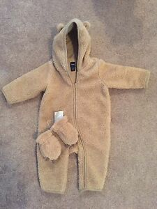 Gap warm onesie with matching mitts
