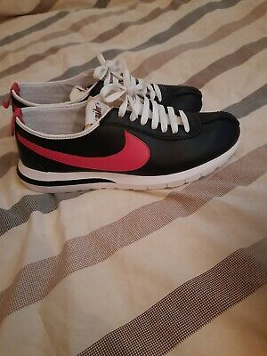 RARE NIKE CORTEZ ROSHE BLACK RED LEATHER TRAINERS UK 9.5