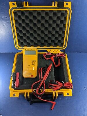 Fluke 7-600 Electrical Tester Good Condition Hard Case More