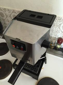Gaggia classic coffee machine and grinder Brighton-le-sands Rockdale Area Preview