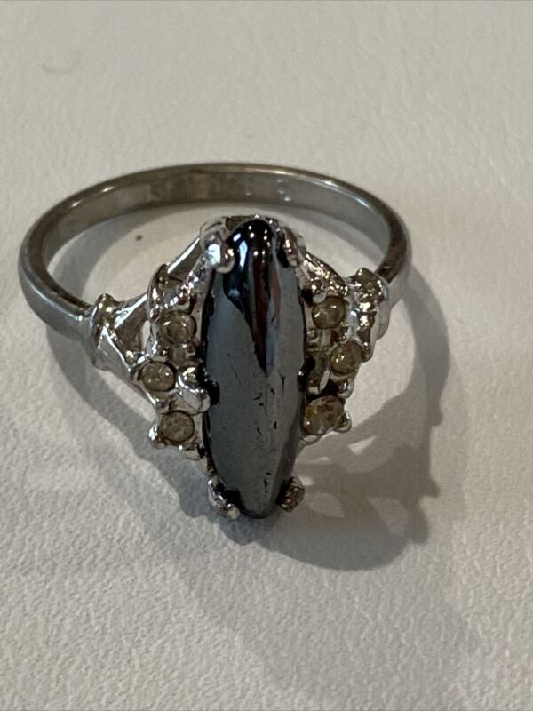 vintage ring size 8 14 k white gold plated estate jewelry