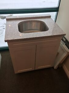 Quartz laundry room top