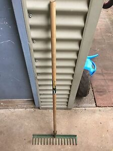 Strong Rake for sale Driver Palmerston Area Preview
