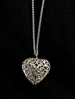 Sterling Silver Filigree Heart & Chain