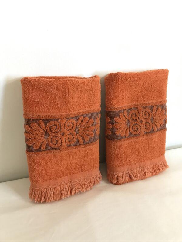 Pair of 2 Vintage Cannon Monticello Bath Towel Orange Shell Design USA