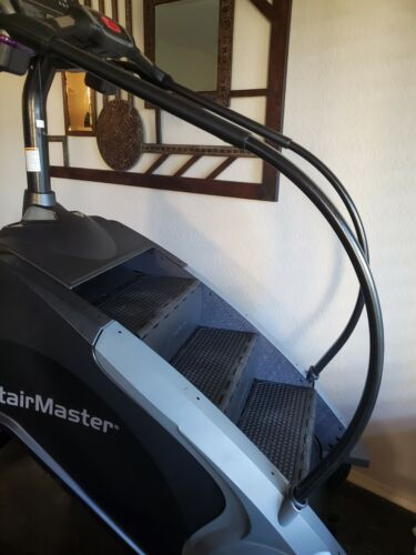 StairMaster 8 Series Gauntlet Stepmill With LCD Screen