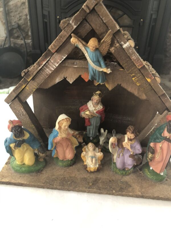 Vintage  NATIVITY SET Christmas Manger Scene 9 Figures Made In ITALY